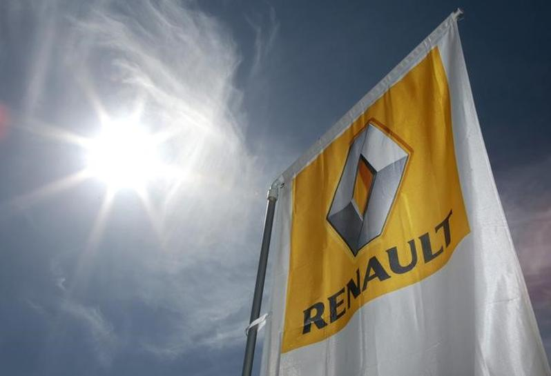 EXCLUSIVE - EIB asks French diesel inquiry to probe Renault's use of loans
