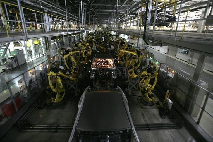 资料图片:2010年1月,现代汽车在北京一家工厂的自动化生产线。REUTERS/Grace Liang