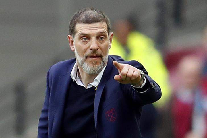 West Ham United v Leicester City - Premier League - London Stadium - 18/3/17 West Ham United manager Slaven Bilic gestures Reuters / Peter Nicholls Livepic