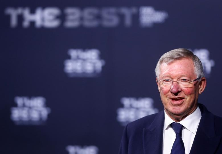 Football Soccer - FIFA Awards Ceremony - Zurich, Switzerland - 09/01/17.  Sir Alex Ferguson arrives at the ceremony.  REUTERS/Arnd Wiegmann