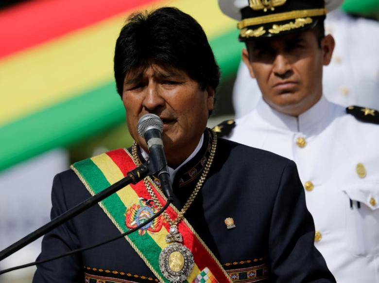Bolivia's President Evo Morales speaks during a ceremony commemorating the ''Dia del Mar'' (Day of the Sea), which refers to the day on which Bolivia lost its access to the sea to Chile during the 1879-1883 War of the Pacific, in La Paz, Bolivia, March 23, 2017. REUTERS/David Mercado