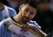 Football Soccer - Argentina v Chile - World Cup 2018 Qualifiers - Antonio Liberti Stadium, Buenos Aires, Argentina - 23/3/17 - Argentina's Lionel Messi gestures. REUTERS/Marcos Brindicci
