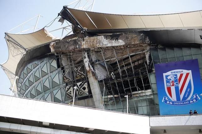 3月28日、サッカーの中国リーグ、上海申花のホームスタジアム(写真)で早朝に火災が発生したが、死傷者はなく午前中のうちに消火された(2017年 ロイター/Aly Song)
