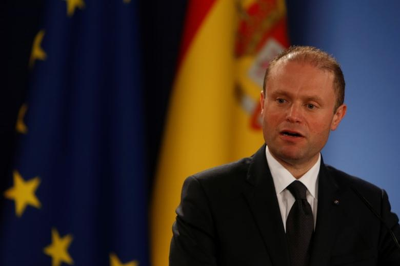 Malta's Prime Minister Joseph Muscat addresses a joint news conference with Spain's Prime Minister Mariano Rajoy after holding talks on Brexit in Valletta, Malta, March 29, 2017.  REUTERS/Darrin Zammit Lupi