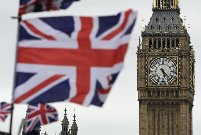 3月29日、ドイツ外務省は、英国が欧州連合(EU)離脱を正式通知したことを受けて、英国とEUの新たな関係構築に向けた協議は難航するとの見方を示すとともに、原則2年間とされている交渉期間は「ひどく短い」と英国に対して警告した。写真はロンドンで2012年6月撮影(2017年 ロイター/Paul Hackett)