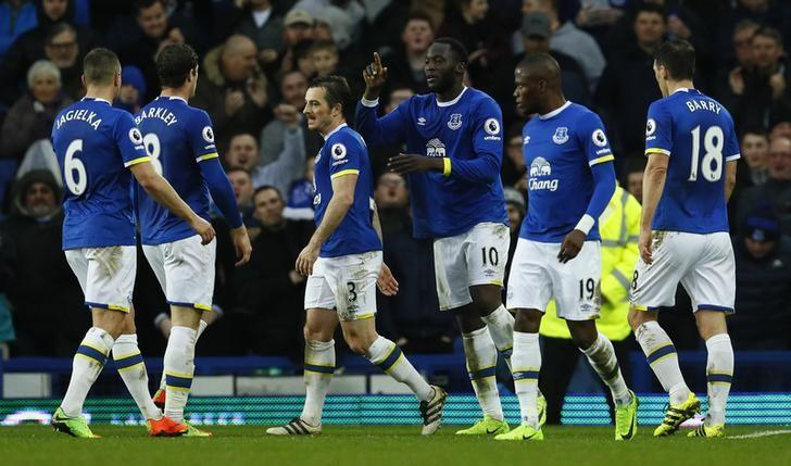 Britain Football Soccer - Everton v Hull City - Premier League - Goodison Park - 18/3/17 Everton's Romelu Lukaku celebrates scoring their fourth goal with team mates  Action Images via Reuters / Jason Cairnduff Livepic