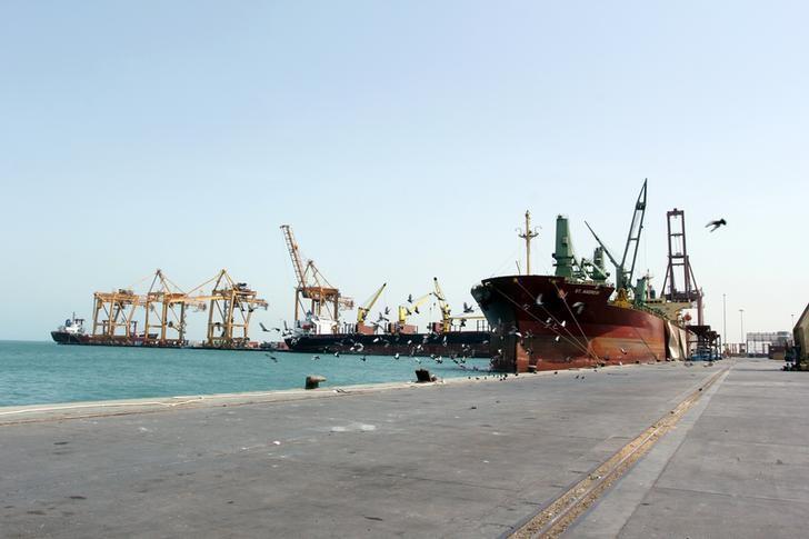 A ship is docked at the Red Sea port of Hodeidah, Yemen, March 23, 2017. REUTERS/Abduljabbar Zeyad