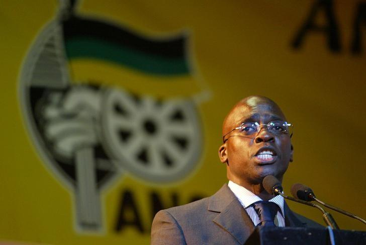 Malusi Gigaba, a former African National Congress Youth League (ANCYL) President,  speaks near Johannesburg's Soweto township, South Africa, August 19, 2004. REUTERS/Juda Ngwenya/Files