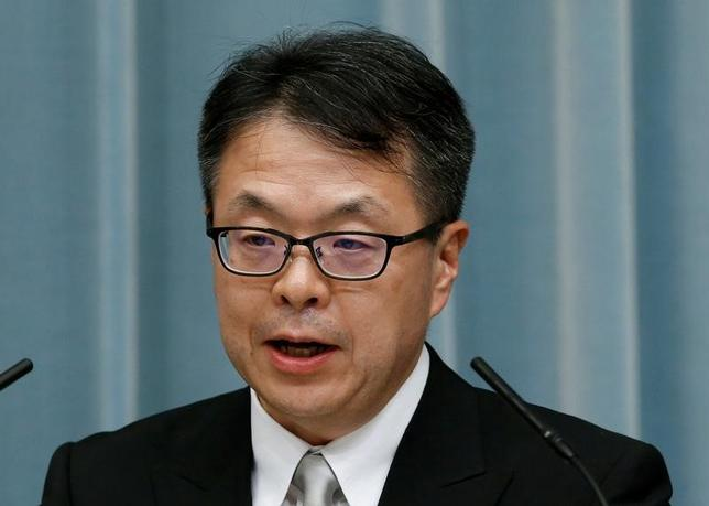 4月4日、世耕弘成経済産業相は、閣議後の会見で、貿易赤字削減を目指す米国の大統領令について、「日本の市場は十分に開放的であり、これによって直接的に問題が生じるとは考えていない」と述べた。写真は都内で昨年8月撮影(2017年 ロイター/Kim Kyung Hoon)