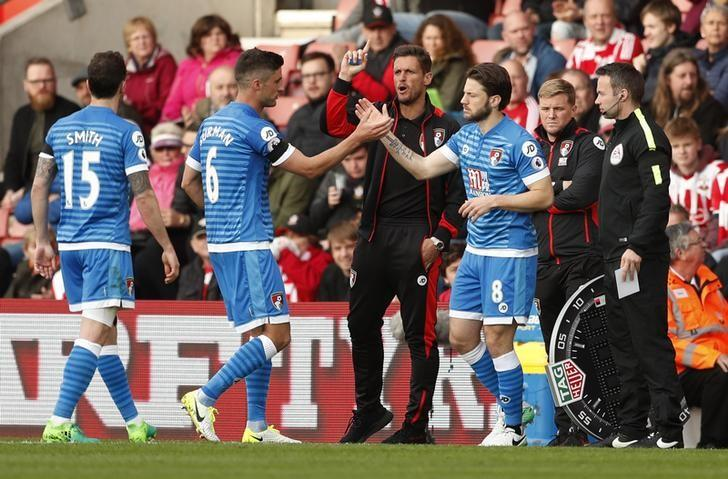 Britain Soccer Football - Southampton v AFC Bournemouth - Premier League - St Mary's Stadium - 1/4/17 Bournemouth's Harry Arter comes on as a substitute to replace Andrew Surman  Action Images via Reuters / John Sibley Livepic
