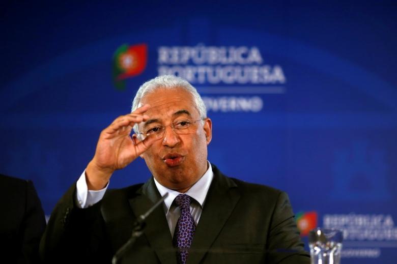 Portugal's Prime Minister, Antonio Costa addresses the nation about Novo Banco sale in Lisbon, Portugal, March 31, 2017. REUTERS/Pedro Nunes