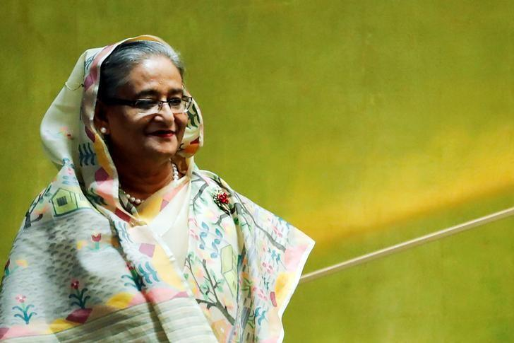 Bangladesh's Prime Minister Sheikh Hasina enters the General Assembly Hall to speak during the 71st United Nations General Assembly in Manhattan, New York, U.S. September 21, 2016.   REUTERS/Eduardo Munoz/Files