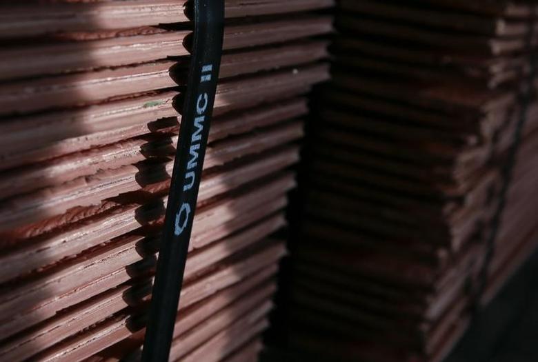 资料图片:2014年10月,俄罗斯Uralelektromed Joint Stock Company (JSC)旗下工厂待发运的铜板材。REUTERS/Maxim Shemetov