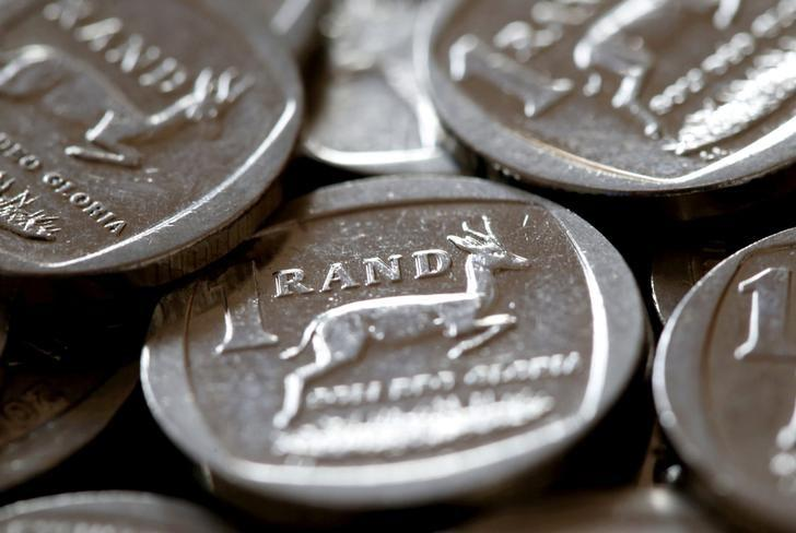 FILE PHOTO: South African Rand coins are seen in this photo illustration taken September 9, 2015.   REUTERS/Mike Hutchings/File Photo