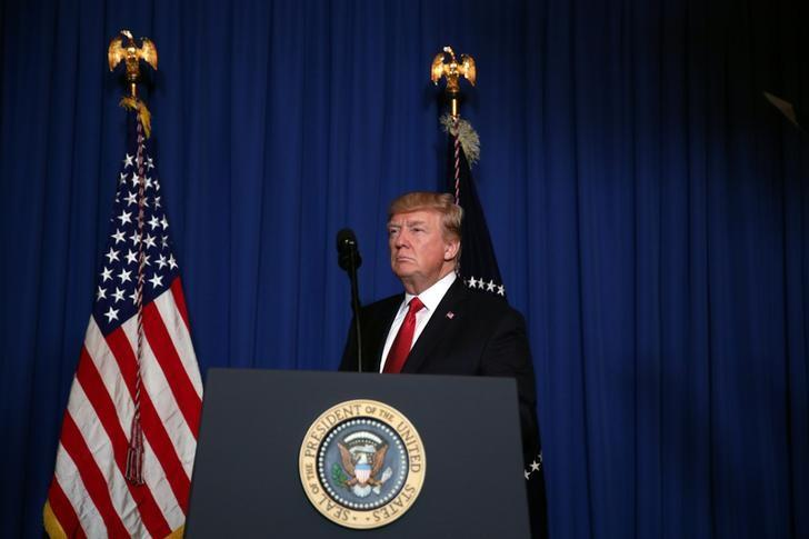 U.S. President Donald Trump arrives to deliver a statement about missile strikes on a Syrian airfield,  at his Mar-a-Lago estate in Palm Beach, Florida, U.S., April 6, 2017. REUTERS/Carlos Barria