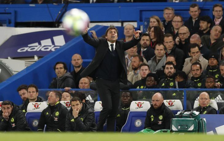 Britain Soccer Football - Chelsea v Manchester City - Premier League - Stamford Bridge - 5/4/17 Chelsea manager Antonio Conte  Action Images via Reuters / John Sibley Livepic