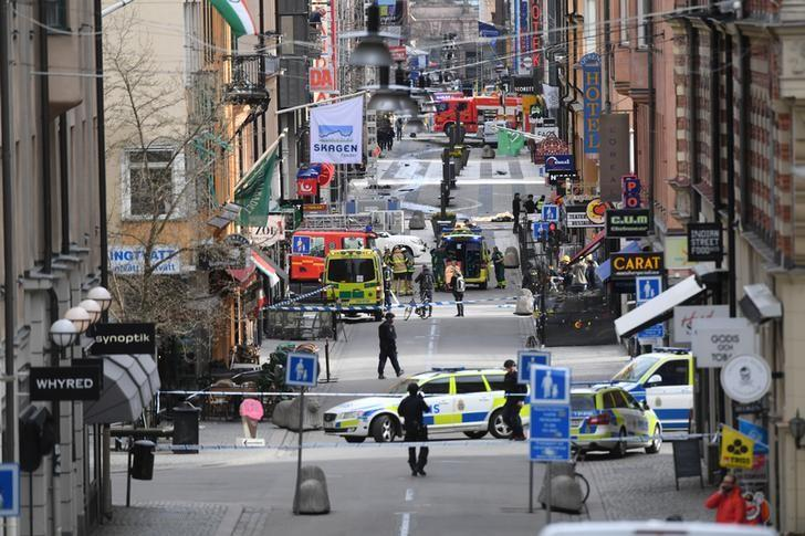 A view of the street scene after people were killed when a truck crashed into a department store Ahlens, in central Stockholm, Sweden, April 7, 2017. Fredrik Sandberg/TT News Agency via REUTERS
