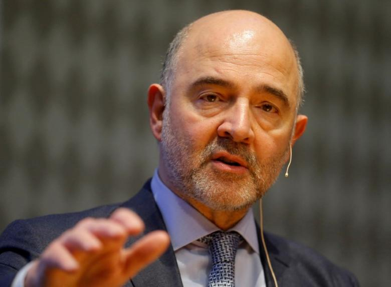 European Economic and Financial Affairs Commissioner Pierre Moscovici delivers a keynote speech ahead of an Austrian National Bank panel discussion in Vienna, Austria, February 16, 2017. REUTERS/Heinz-Peter Bader/Files