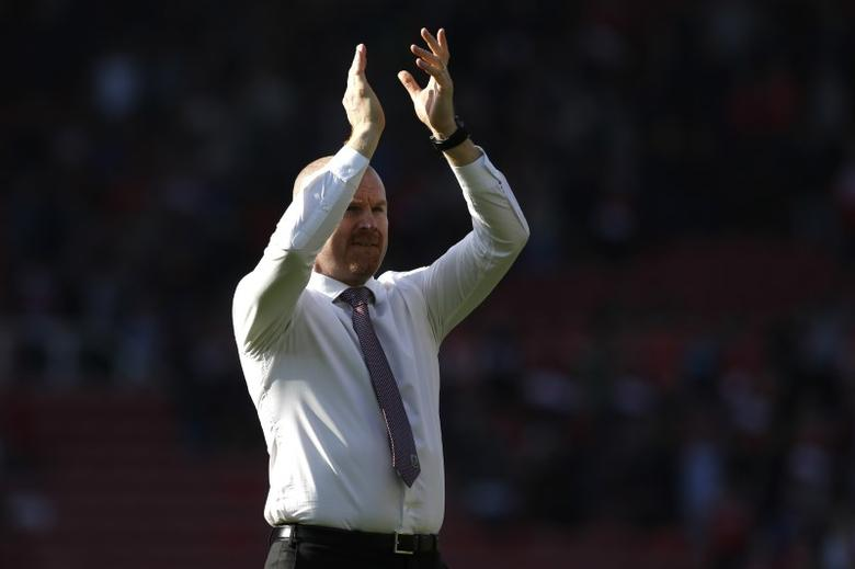 Britain Football Soccer - Middlesbrough v Burnley - Premier League - The Riverside Stadium - 8/4/17 Burnley manager Sean Dyche applauds the fans at the end of the match Action Images via Reuters / Craig Brough Livepic