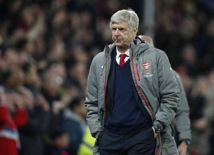 Britain Football Soccer - Crystal Palace v Arsenal - Premier League - Selhurst Park - 10/4/17 Arsenal manager Arsene Wenger looks dejected after the match  Action Images via Reuters / Matthew Childs