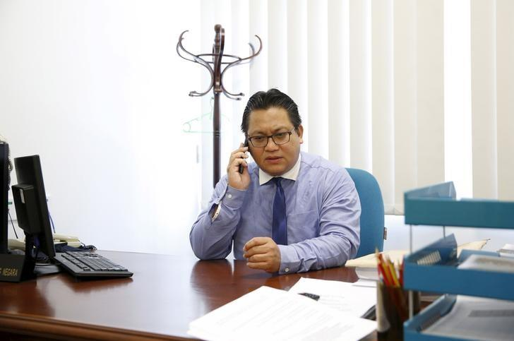 Malaysia's Deputy Home Minister Nur Jazlan Mohamed is photographed before an interview with Reuters in Kuala Lumpur, Malaysia, November 18, 2015. REUTERS/Olivia Harris/Files