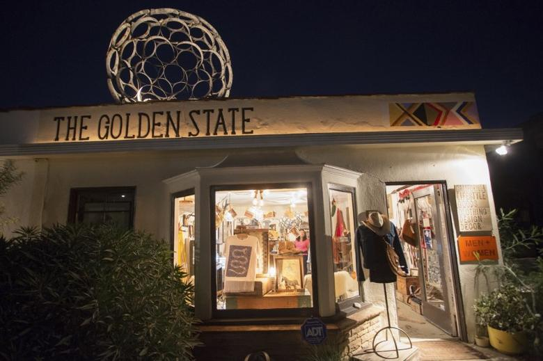 The Golden State Store, a small boutique on trendy Rose Avenue, is pictured in Venice, California November 7, 2014.  REUTERS/Jonathan Alcorn
