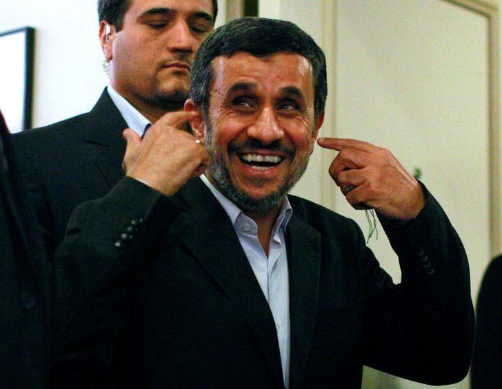 Mahmoud Ahmadinejad reponds to a reporters' questions following a news conference on the sidelines of the 67th United Nations General Assembly in New York, September 26, 2012. REUTERS/Brendan McDermid/Files