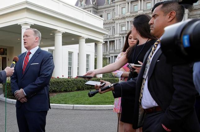 White House Press Secretary Sean Spicer apologizes during an interview for saying Adolf Hitler did not use chemical weapons at the White House in Washington, U.S., April 11, 2017.      REUTERS/Joshua Roberts