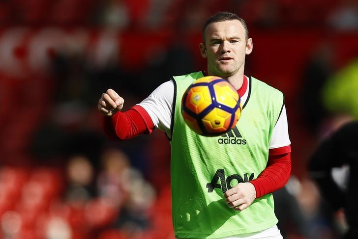 Britain Soccer Football - Manchester United v AFC Bournemouth - Premier League - Old Trafford - 4/3/17 Manchester United's Wayne Rooney warms up before the match  Action Images via Reuters / Jason Cairnduff