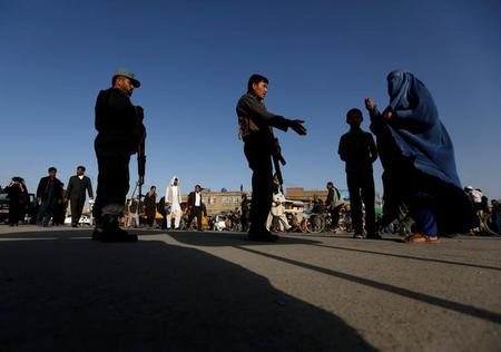 الدولة الإسلامية تعلن المسؤولية عن هجوم انتحاري قتل 5 في كابول