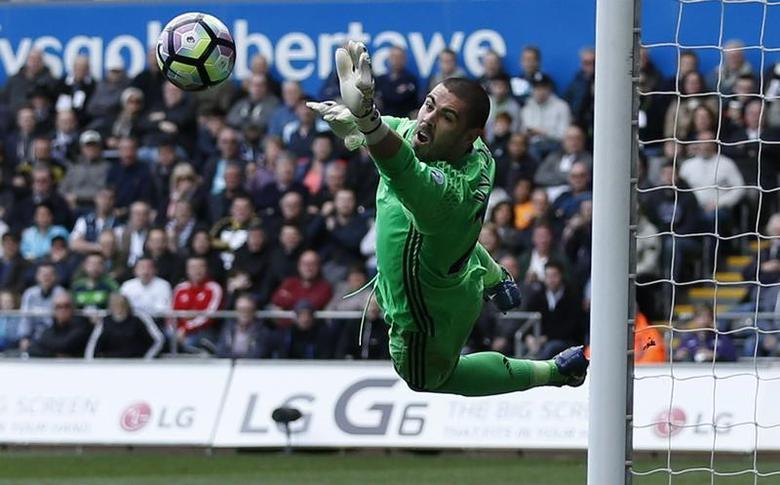 Swansea City v Middlesbrough - Premier League - Liberty Stadium - 2/4/17 Middlesbrough's Victor Valdes saves a shot Action Images via Reuters / Andrew Boyers Livepic