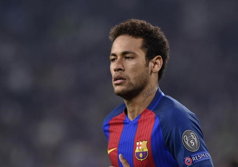 Football Soccer - Juventus v FC Barcelona - UEFA Champions League Quarter Final First Leg - Juventus Stadium, Turin, Italy - 11/4/17 Barcelona's Neymar looks on Reuters / Giorgio Perottino Livepic