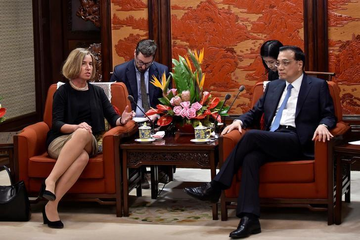 Chinese Premier Li Keqiang speaks with the European Union's foreign policy chief, Federica Mogherini during their meeting at the Zhongnanhai leadership compound in Beijing, China, April 18, 2017. REUTERS/Kenzaburo Fukuhara/Pool