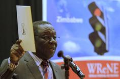 Zimbabwean opposition Movement For Democratic Change (MDC) leader Morgan Tsvangirai addresses a media conference to launch his party's Without Reforms No Elections (WReNE) document in Harare, September 10, 2015.  REUTERS/Philimon Bulawayo