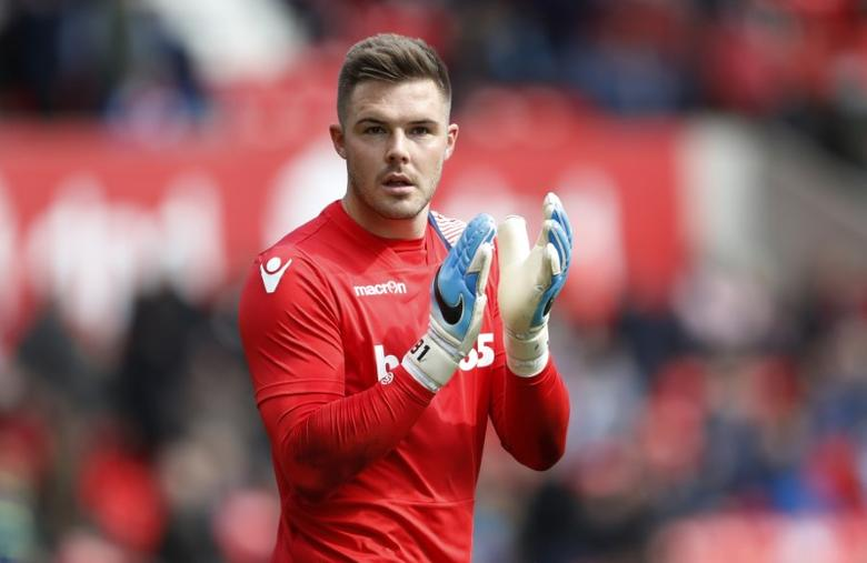 Britain Soccer Football - Stoke City v Hull City - Premier League - bet365 Stadium - 15/4/17 Stoke City's Jack Butland during the warm up session before the match  Action Images via Reuters / Carl Recine Livepic