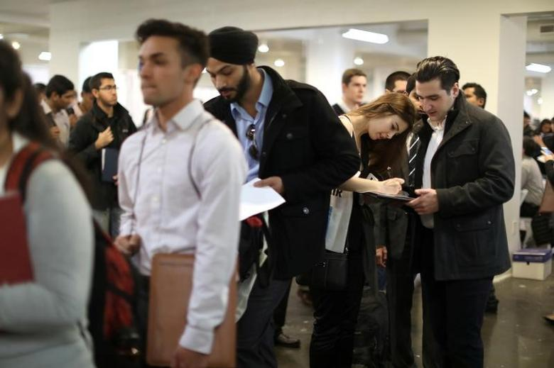 People attend TechFair LA, a technology job fair, in Los Angeles, California, U.S. on January 26, 2017. REUTERS/Lucy Nicholson/File Photo