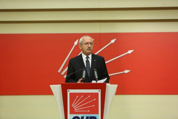 Turkey's main opposition Republican People's Party (CHP) leader Kemal Kilicdaroglu speaks during a news conference in Ankara, Turkey April 16, 2017. REUTERS/stringer