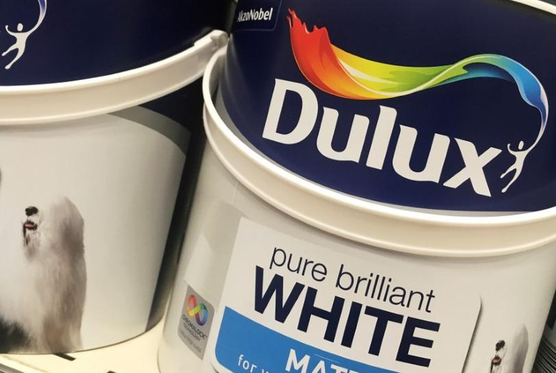 Dutch Economic Affairs minister says still opposed to Akzo Nobel takeover
