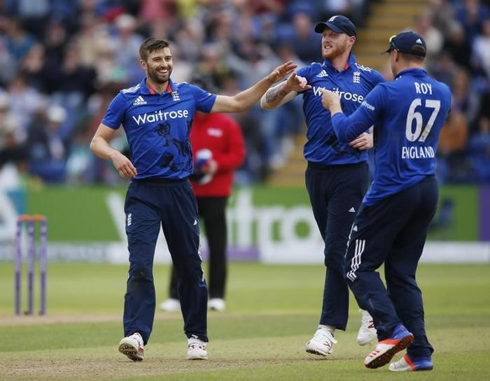 Cricket-Wood recalled to England's Champions Trophy squad