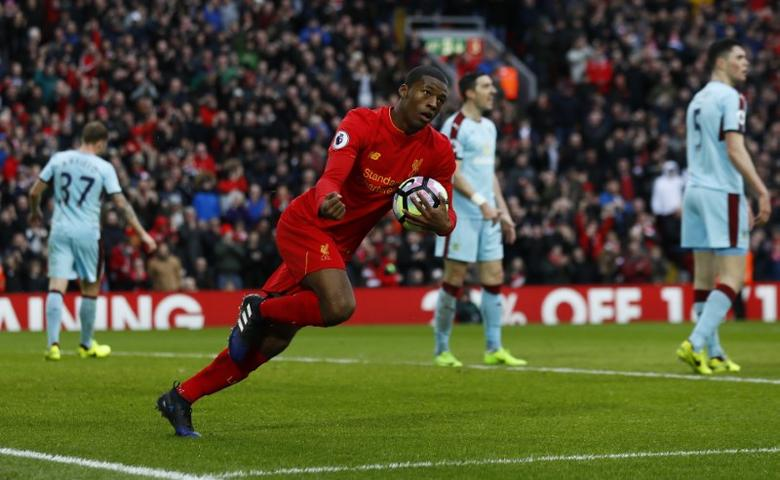 Britain Football Soccer - Liverpool v Burnley - Premier League - Anfield - 12/3/17 Liverpool's Georginio Wijnaldum celebrates scoring their first goal  Action Images via Reuters / Jason Cairnduff Livepic/File Photo