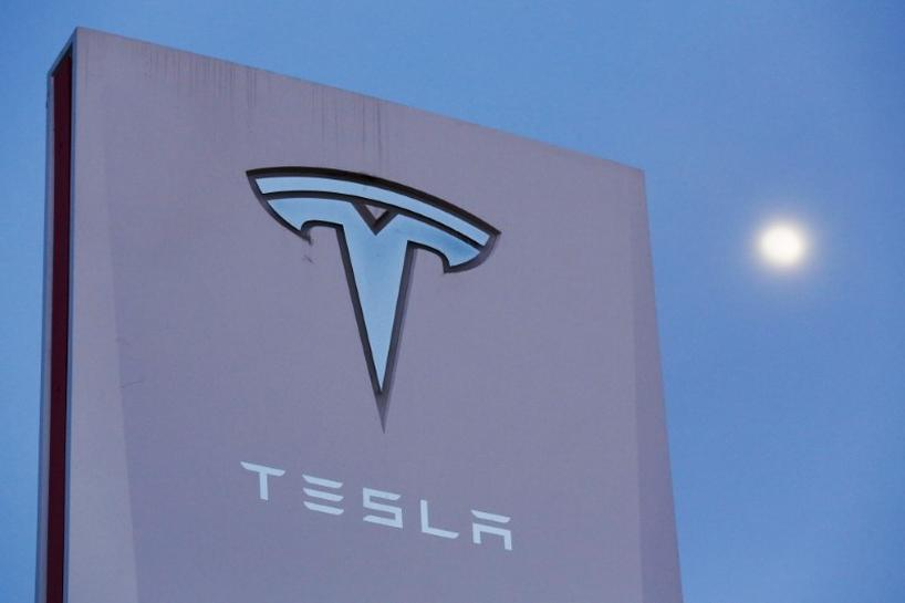 Tesla must complete brake fix to regain top safety rating: Consumer Reports