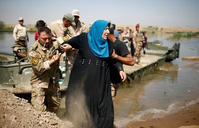 Crossing the Tigris in Mosul