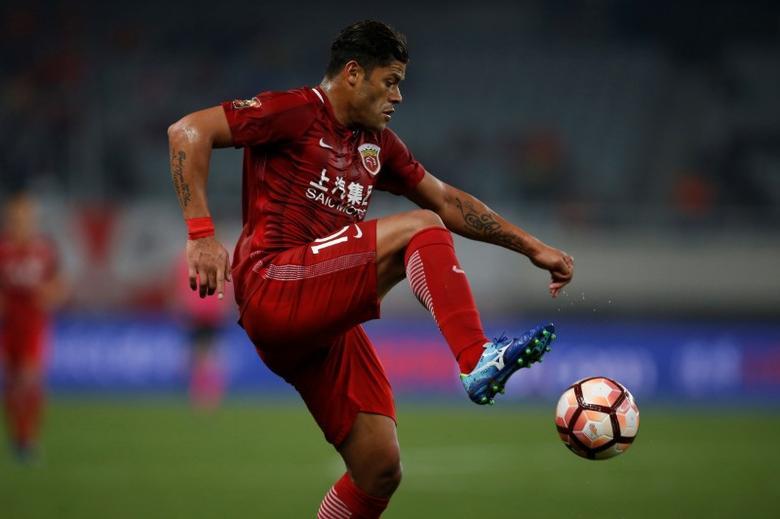 Football Soccer - Chinese Super League - SIPG v Changchun Yatai FC -Shanghai, China, - 4/3/17 - SIPG's Brazilian forward Hulk in action. REUTERS/Aly Song