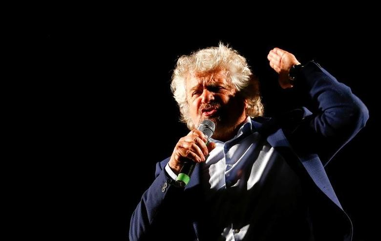FILE PHOTO: Beppe Grillo, the founder of the anti-establishment 5-Star Movement, talks during a march in support of the 'No' vote in the upcoming constitutional reform referendum in Rome, Italy November 26, 2016. REUTERS/Remo Casilli