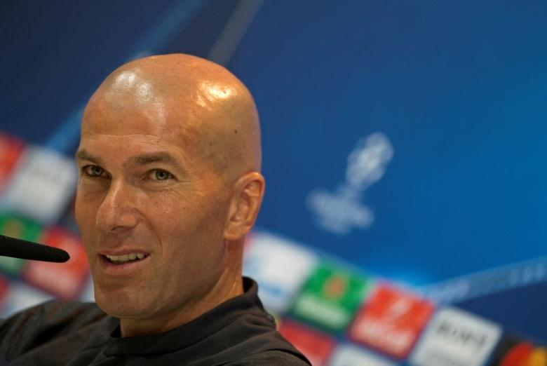 Football Soccer - Real Madrid news conference - UEFA Champions League Semifinal - Valdebebas training grounds, Madrid, Spain - 9/05/17 - Real Madrid's coach Zinedine Zidane attends a news conference. REUTERS/Sergio Perez