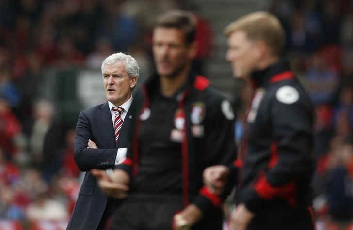 Britain Soccer Football - AFC Bournemouth v Stoke City - Premier League - Vitality Stadium - 6/5/17 Stoke City manager Mark Hughes, Bournemouth manager Eddie Howe and assistant Jason Tindall Action Images via Reuters / Andrew Couldridge/ Livepic/ Files