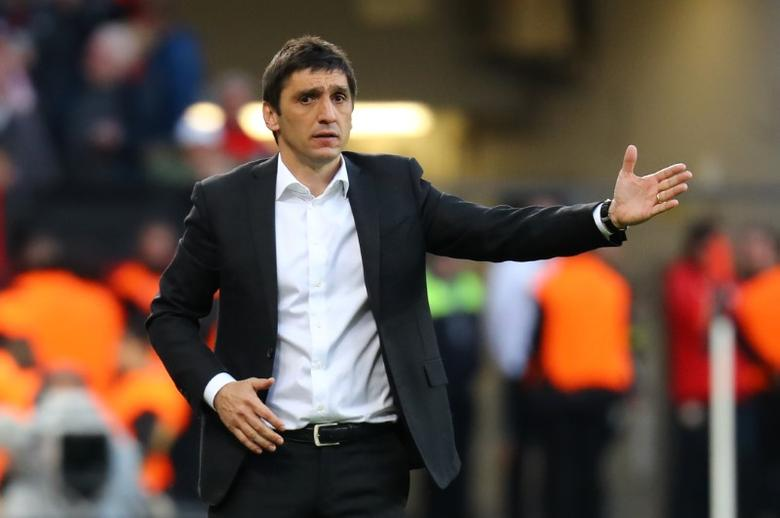 Bayer Leverkusen coach Tayfun Korkut Reuters / Kai Pfaffenbach