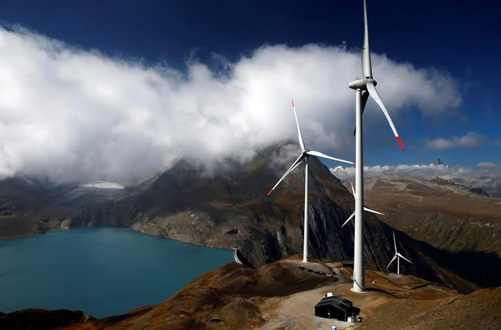 FILE PHOTO: Wind turbines are pictured at Swisswinds farm in Gries, Switzerland, September 30, 2016.    REUTERS/Denis Balibouse/File Photo