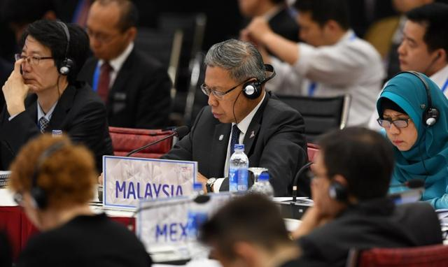Malaysia's Trade Minister Mustapa Mohamed attends the APEC Ministers Responsible For Trade meeting in Hanoi May 20, 2017. REUTERS/Hoang Dinh Nam/Pool