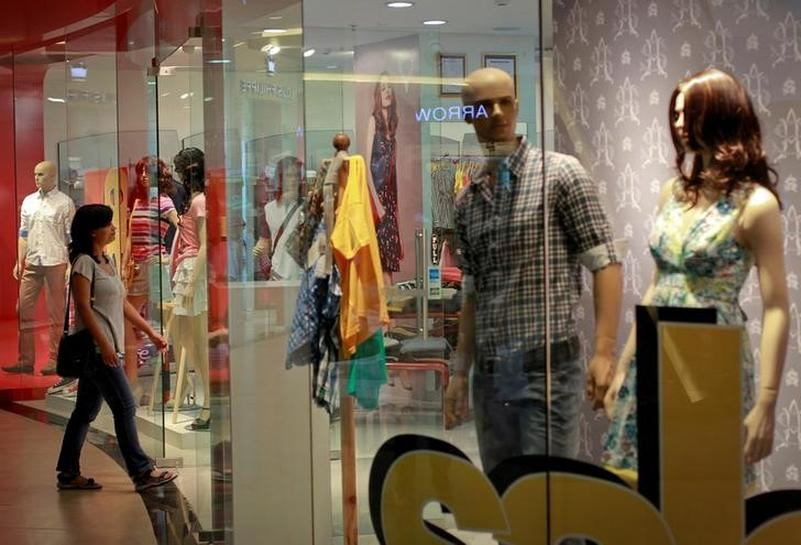 Indian economy rides on consumer spending revival ahead of GST launch